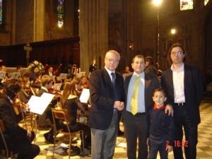 CONCERTO DI INIZIO ANNO 2010 al Duomo di Arezzo : Vincenzo Di Michele e suo figlio Matteocon il Dr Ernesto Ferrini e con il Direttore Artistico